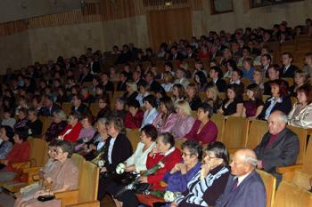 Торжественное собрание в Государственном театре оперы и балета Удмуртской Республики