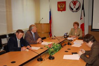 Председатель Комитета по делам архивов при правительстве Удмуртской Республики Н.К. Коробейникова